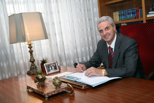 Fisco - Annullati avvisi di accertamento per mancanza della delega di firma