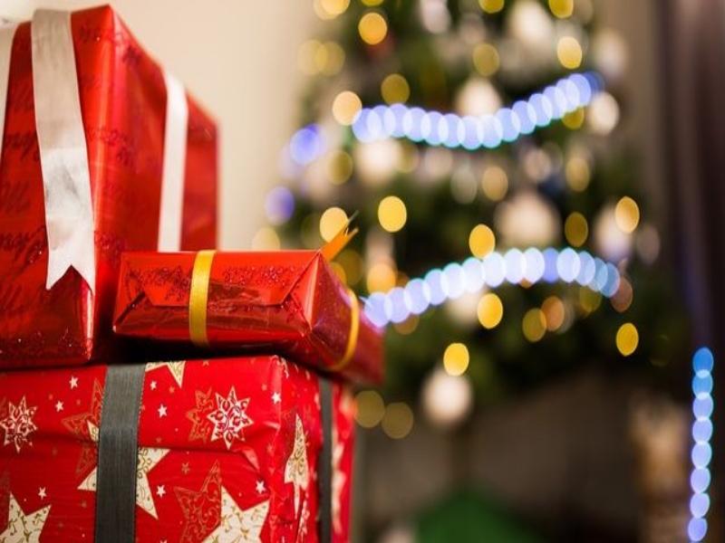 Pacchi postali natalizi