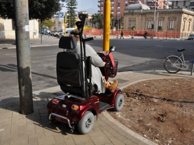 via Leuca inaccessibile ai disabili
